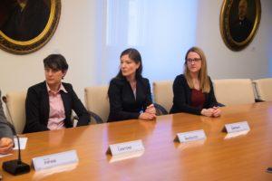"""Broker di ricerca al tavolo dei relatori della conferenza di presentazione del progetto """"Modello Trieste"""""""